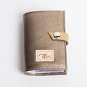 Bronz classic -  bankkártya tartó, Táska, Pénztárca, tok, tárca, Pénztárca, Erszény, Bőrművesség, Varrás, Design:   Stílusos és csajos bankkártya tartót készítettem puha tapintású kecskebőrből. 12 részes m..., Meska