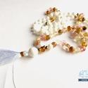 LOVE pink cseresznyekvarc fehér kagylógyöngy 108 szemes Mala nyaklánc, Ékszer, Ruha, divat, cipő, Esküvő, Nyaklánc, Egyedi stilusú csomózott pink cseresznyekvarc , arany szinű kristálygyöngyből és fehér kagyl..., Meska