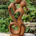 Végtelen szerelem szobor, Képzőművészet, Szobor, Fa, Diófából faragott szobrocska.  Méretek: magasság - 16 cm szélesség - 7 cm vastagság - 2 cm, Meska