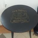 Jack daniels asztalka, Bútor, Férfiaknak, Asztal, Legénylakás, Régi asztal új köntösben. Fekete színű aranyozott jack daniels feliratos asztalka. Lakkozva. M..., Meska
