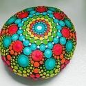 Festett mandala - Mandalakő - Ajándék nőknek, férfiaknak - Painted mandala stone, Kézzel festett színes mandalakő. 6 cm átmérő...