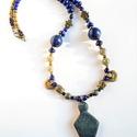 """""""Earthmother"""" lápisz lazuli nyaklánc távolkeleti függőkkel, Ékszer, Nyaklánc, Medál, Az előző, """"Nomade Queen"""" medálokhoz képest most egyszerűbb formák következnek. Ez a medál is a Távol..., Meska"""