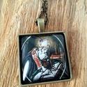 Szent Ambrus medál, Ékszer, Medál, 25x25 mm-es medálalapba Szent Ambrust ábrázoló kép került., Meska