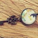 Anya gyermekével, Ékszer, Medál, A képen látható medál lencseátmérője 25 mm, az alap sima szélű antikolt bronz darab, rajta ..., Meska