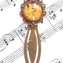 Klimt üveglencsés könyvjelző, Otthon & lakás, Naptár, képeslap, album, Könyvjelző, Könyvmolyok figyelem!  A lencse mérete 20 mm. Méret: 81 X 31 mm , Meska