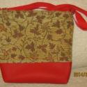 Táska, Táska, Válltáska, oldaltáska, Ezt a táskát, zsenilia szövetből és műbőrből készítettem.Belül két zseb van,egyik osztot..., Meska