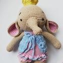 Horgolt elefánt, Játék, Baba-mama-gyerek, Játékfigura, Plüssállat, rongyjáték, Amalou mintája alapján készült elefánt hercegnő :) Imádnivaló, ölelős ormányos, mérete 3..., Meska