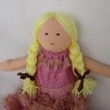 Baba rózsaszín csipkésben, Baba-mama-gyerek, Játék, Dekoráció, Baba, babaház, Baba-és bábkészítés, Varrás, Szőke hajú, copfos baba, csuparózsaszín ruhában, mely pöttyös is, csipkés is. A ruha levehető, a ci..., Meska
