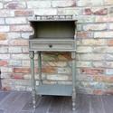 Vintage telefonasztal, konzolasztal, asztal, Bútor, Asztal,  A bútor a speciális festésnek köszönhetően kopottas patinával rendelkezik. Kézzel készíte..., Meska