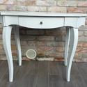 Provence, shabby neobarokk íróasztal, Bútor, Asztal, Provence stílusban festett, az éleken koptatott fehér íróasztal.  Méretek: 98 x 59 cm Mag: 73 ..., Meska
