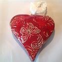 Nagy szív -3D, Dekoráció, Anyák napja, Szerelmeseknek, Ünnepi dekoráció, Kerámiából készült (belül üreges), meggypiros mázzal bevont , nyomott mintával készített ..., Meska