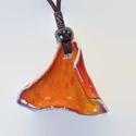 Narancs színű íves nyaklánc, Ékszer, Nyaklánc, Egyedi tervezés alapján készült kézműves kerámia ékszer. Élénk narancssárga színű mázz..., Meska