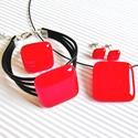 Ferrari piros üveg kocka medál, karkötő, gyűrű és fülbevaló üvegékszer szett, Ékszer, óra, Nyaklánc, Ékszerszett, Medál, Ékszerkészítés, Üvegművészet, Nagyon élénk, tüzes narancsos piros árnyalatú ékszerüvegből készítettem ezt az elegáns, mutatós, tr..., Meska
