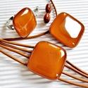 Karamell üveg kocka medál, karkötő, gyűrű és fülbevaló, üvegékszer szett, Ékszer, óra, Nyaklánc, Ékszerszett, Medál, Ékszerkészítés, Üvegművészet, Bársonyos karamell barna árnyalatú ékszerüvegből olvasztottam ezt a finoman minimal, elegáns, mutat..., Meska