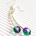 Mon cheri lilában gyöngy fülbevaló, üveggyöngy, Ékszer, Ruha, divat, cipő, Fülbevaló, Női ruha, Ábrándos hangulatú, különleges zöld és lila színátmenetes üveggyöngy bogyók, ezüstözö..., Meska