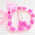 Lollipop pinkben gyöngy fülbevaló és karkötő, üveggyöngy ékszer szett, Ékszer, Ruha, divat, cipő, Fülbevaló, Karkötő, Roppantott pink színű, ovális üveggyöngy bogyókból, halvány rózsaszín kristályokból és ..., Meska