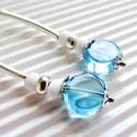 Afrodité üveg gyöngy fülbevaló, üveggyöngy, Ékszer, Ékszerszett, Fülbevaló, Lencse forma tengerkék színű, valamint ezüst és fehér üveg gyöngyökből, ezüstözött éks..., Meska