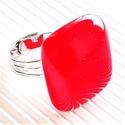 Ferrari piros kocka üveg gyűrű, üvegékszer, Szép, élénk tüzes narancsos piros színű gyű...