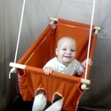 Babahinta - barna, Baba-mama-gyerek, Baba-mama kellék, Varrás, Csomózás, Egyszínű barna babahinta.   Újszülöttől 25 kg-os korig használható, fekve és ülve is. 45x70 cm, dup..., Meska