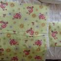 Katicás ágynemű szett + ajándék táska, Baba-mama-gyerek, Gyerekszoba, Baba-mama kellék, Falvédő, takaró, Kedves, katicás mintájú ágynemű szettet készítettem a baba/gyerekágyba. A párna és a takaró is puha ..., Meska
