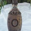 Antik likőrös üveg, Otthon, lakberendezés, Gyönyörű antik likőrös üveg, szép, íves, egyedi mintákkal. Közepén üveg ékszer medállal lett teljes ..., Meska