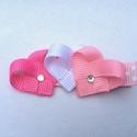 Kicsi szívecskés hajcsat (rózsaszín), Ruha, divat, cipő, Hajbavaló, Hajcsat, Ékszerkészítés, Mindenmás, Ezeket a pink, fehér, rózsaszín szívecskéket szalagból készítettem, 4,5 cm-es aligátor hajcsatra he..., Meska