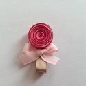 Nyalóka hajcsat, Ruha, divat, cipő, Hajbavaló, Hajcsat, Mindenmás, Ékszerkészítés, Ezt az édes nyalókát szalagból (pink, világos rózsaszín, világosbarna) készítettem, 4,5 cm-es aligá..., Meska