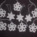 Hófehér hópelyhek és csillagok /10 db./, A karácsonyi fenyőfád ékei lehetnek ezek az eg...