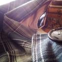 Textil sál, Táska, Divat & Szépség, Ruha, divat, Sál, sapka, kesztyű, Sál, Varrás, Gombos sál fekete kockás szövetből rózsaszínű kevert szálas szövet belsővel, gombbal záródik. Gomly..., Meska