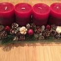 Karácsonyi adventi dísz, Dekoráció, Ünnepi dekoráció, Karácsonyi, adventi apróságok, Karácsonyi dekoráció, A díszt üveg alapra készítettem, piros gyertyával, , termésekkel, virággal díszítve.   Bármely ottho..., Meska