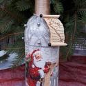 Egyedi díszítésű borok karácsonyra, Dekoráció, Ünnepi dekoráció, Karácsonyi, adventi apróságok, Ez az egyedi díszítésű bor tökéletes választás lehet akár ajándékba,akár az ünnepi asztalra. Mérete:..., Meska