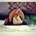 Mini Betlehem , Dekoráció, Ünnepi dekoráció, Karácsonyi, adventi apróságok, Karácsonyi dekoráció, 1 db mini Betlehem. A betlehem alapja fából készült. Mérete:10-10 cm. József és Mária :3-4 cm.  Apró..., Meska
