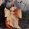 Angyalom, Dekoráció, Ünnepi dekoráció, Karácsonyi, adventi apróságok, Dísz, Fonás (csuhé, gyékény, stb.), 3 db termésből készült angyalka. Azoknak ajánlom, akik szeretik az egyedi, természetes alkotásokat...., Meska