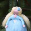 Kék angyal, Dekoráció, Karácsonyi, adventi apróságok, Ünnepi dekoráció, Karácsonyfadísz,  1 db tűnemezelt angyalka Köszönöm, hogy boltomban jártál! Mosollyal.Ilda  Az ár egy angyalkára vona..., Meska