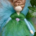 Gyapjú angyal, Otthon & lakás, Dekoráció, Ünnepi dekoráció, Karácsonyi, adventi apróságok, Karácsonyfadísz,  A Waldorf-baba természetes anyagokból (gyapjúból, vászonból, stb) készül, tudatosan rendkívül egysz..., Meska