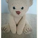 Az igazi Teddy maci, Baba-mama-gyerek, Játék, Baba játék, Játékfigura, Horgolás, 100% pamut fonalból készül, vatelinnel tömve. Magassága ülve 19 cm. Szeme, orra hímzett, de kérhető..., Meska