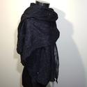 Black - nemezelt stóla, Ruha, divat, cipő, Női ruha, Estélyi ruha, Nemezelés, Csodálatos fekete extrafinom merinó gyapjút és selyemszálakat nemezeltem 3.5 chiffon selyemre. Egye..., Meska