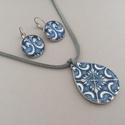Azulejo No.6 ékszerszett, Ékszer, Ékszerszett, Fülbevaló, Nyaklánc, Az ékszerszett nyakláncból és fülbevalóból áll. A nyaklánc medálja 4 cm hosszú, decoupage..., Meska