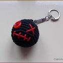 Fekete kulcstaró, Dekoráció, Pamutfonalból készült kulcstartó, több méretben is rendelhető., Meska