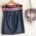 Farmer ruha Lány farmer tunika 128-as, Ruha, divat, cipő, Gyerekruha, Gyerek (4-10 év), Extravagáns és egyben folklór hatású ruhát készítettem könnyű farmervászonból. A virágmintás szalago..., Meska