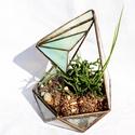 Tiffany florárium, kis üvegház növényeknek, Dekoráció, Otthon, lakberendezés, Esküvő, Kaspó, virágtartó, váza, korsó, cserép, Üvegművészet, Üvegház, tiffany florárium, sárgás üveggyönggyel Mérete: 16 cm széles, 17 cm magas, és olyan 21 cm ..., Meska