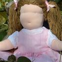 Waldorf babalány rózsaszín ruhában, Képzőművészet, Játék, Textil, Baba, babaház, Baba-és bábkészítés, Varrás, Waldorf babalány rózsaszín ruhában.  Magassága kb. 41 cm.  Teste világos színű, kiváló minőségű, ÖK..., Meska