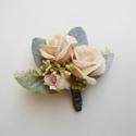 Vőlegény kitűző púder színben, Púder  selyemrózsákból készült esküvői kit...