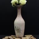 Fehér rózsás kis kerámia váza, Dekoráció, Otthon, lakberendezés, Asztaldísz, Kaspó, virágtartó, váza, korsó, cserép, Decoupage, transzfer és szalvétatechnika, Fehér rózsás kis kerámia váza  A nyár hangulatát idézi a finom tónusú virágos váza, mely méltó dísz..., Meska