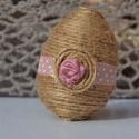 Vintage húsvéti tojás, Dekoráció, Ünnepi dekoráció, Húsvéti apróságok, Mindenmás, Műanyag tojás alapra készült vintage húsvéti tojás, gyönyörűen mutat barkán lógatva, kosárkában,  h..., Meska