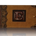 """""""E""""Monogrammos  fotóalbum bőrrátétes, Naptár, képeslap, album, Fotóalbum, Bőrművesség, A fotóalbum gerincén és ablakán marhabőr borítás van. Az oldalát  fémszál csipke, valamint a sarkai..., Meska"""