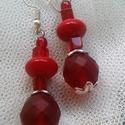 Piros világ fülbevaló , Ékszer, Fülbevaló, Piros világ trilógiához készült fülbevaló, hossza 5,5 cm Az ékszer cseh üveg forma és csis..., Meska