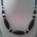 Fekete elegancia lánc, Ékszer, Nyaklánc, Különleges csiszolt és forma gyöngyök kavalkádja, Swarovszky rondellákkal és színjátszás ..., Meska
