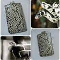 Fekete fehér kígyó mintás bőr telefontok, mobiltok, Férfiaknak, Naptár, jegyzet, tok, Bőrművesség,  Kézzel varrott, szabott, kívül belül bőr telefontok (bőrrel bélelt).   Feltűnő és vagány; nőknek é..., Meska