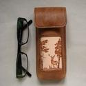 Szarvas mintás bőr tolltartó/ szemüvegtok, Férfiaknak, Táska, Horgászat, vadászat, Pénztárca, tok, tárca, Bőrművesség, Kézzel varrott, szabott, kívül belül bőr tolltartó (bőrrel bélelt).  Belső mérete: 15 x 5,5 x 1,5 c..., Meska